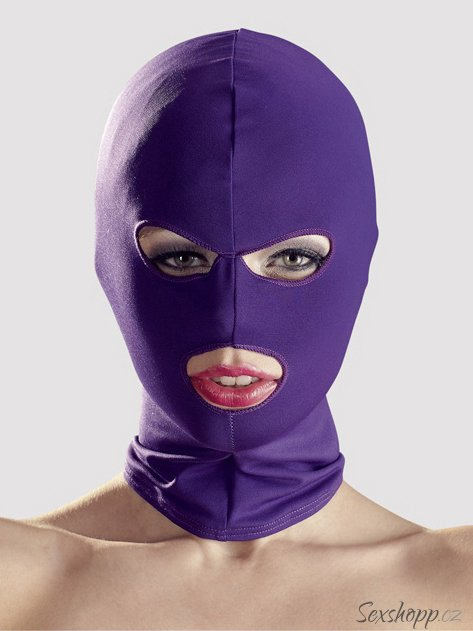 Maska s otvory pro oči a ústa