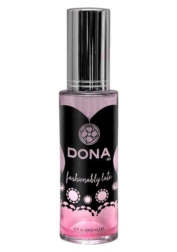 Feromony a parfémy pro ženy: Parfém s feromony Fashionably Late