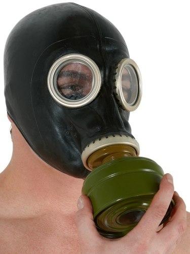 Erotické pomůcky z latexu: Latexová plynová maska