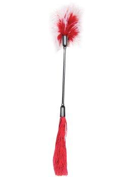 Důtky s latexovými třásněmi a peříčkovým šimrátkem Whip and Tickle, červené – Důtky na spanking