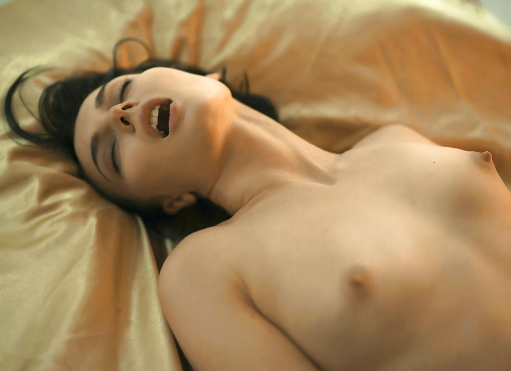 Красивые женщины эротика оргазм